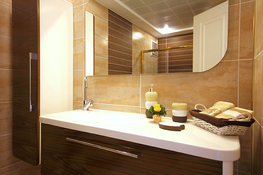 Inspiration gallery quickbath for Guest room bathroom ideas